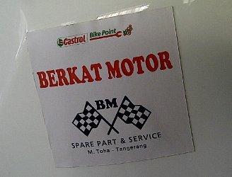 Logo Berkat Motor Nempel Di motor balap MotoGP Sepang Malaysia.