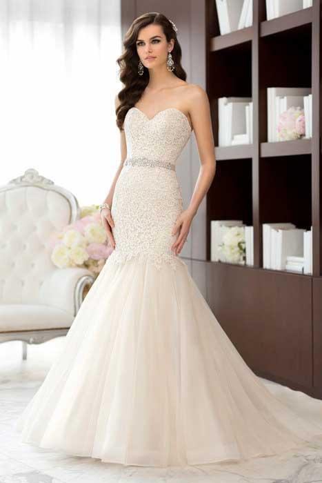 el mundo de los vestidos y accesorios de moda: vestidos de novias