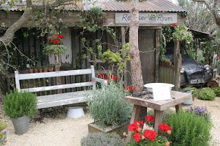 French Garden Reposer Vos Rouse