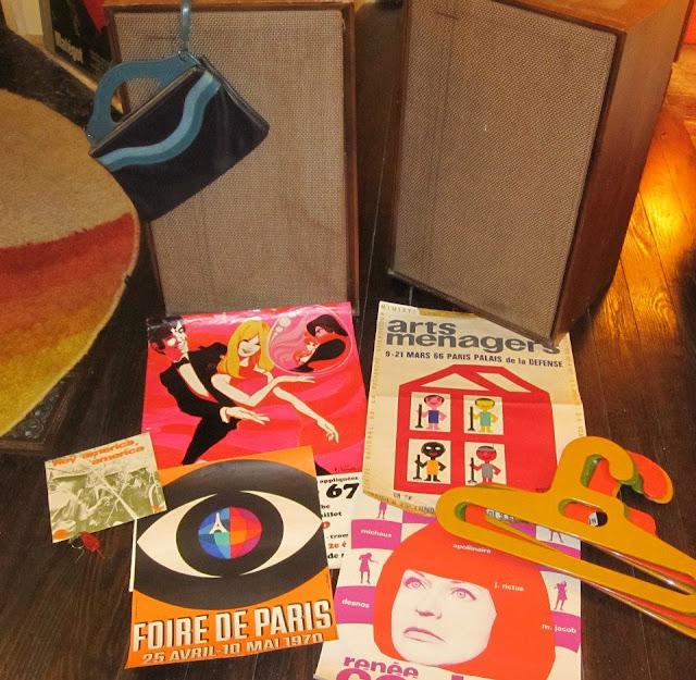 Speakers Cabasse 1950 50s 1960 60s 1970 70s  vintage posters ,  70s hangers orange yellow hanger coat plastic