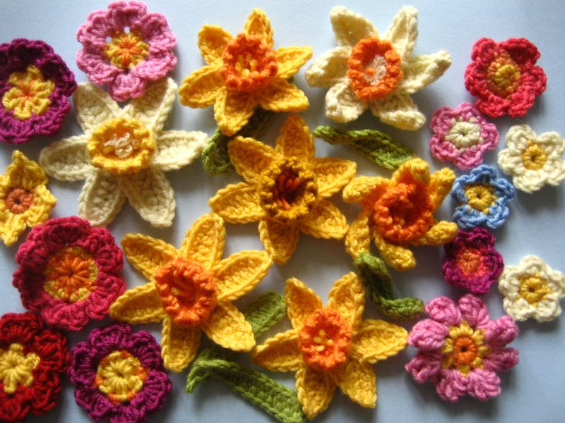 image attic 24 springtime flowers crochet daffodil bulbs