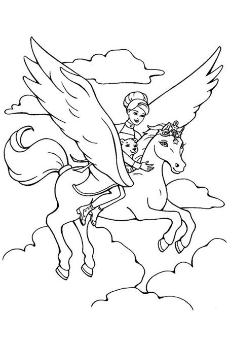 صورة أميرة تركب حصان طائر مع حيوانها المفضل بين الغيوم للتلوين