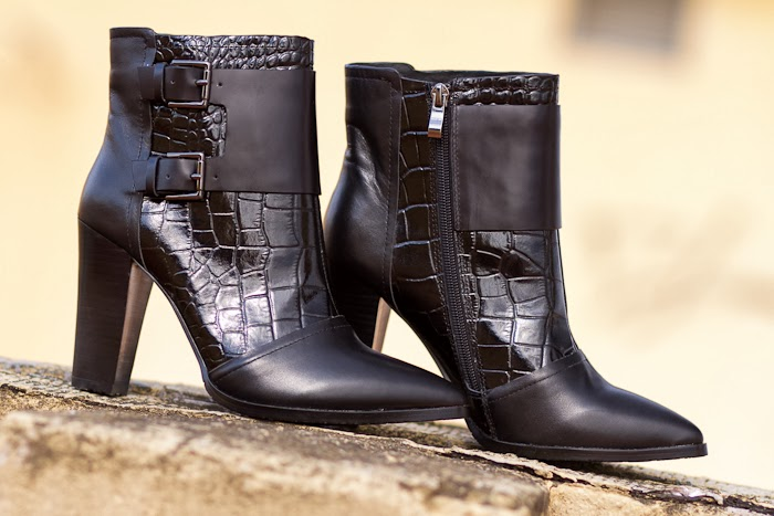 Botines con hebillas / Ankle Strap Boots: WLTER by JESSICA BUURMAN