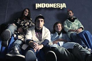 Nama group band dari Rusia ini : Indonesia...!!!