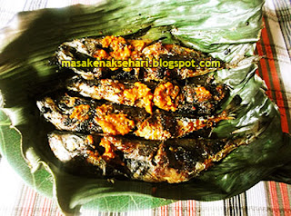 Cara Membuat Ikan Kembung Bakar Bumbu Kuning