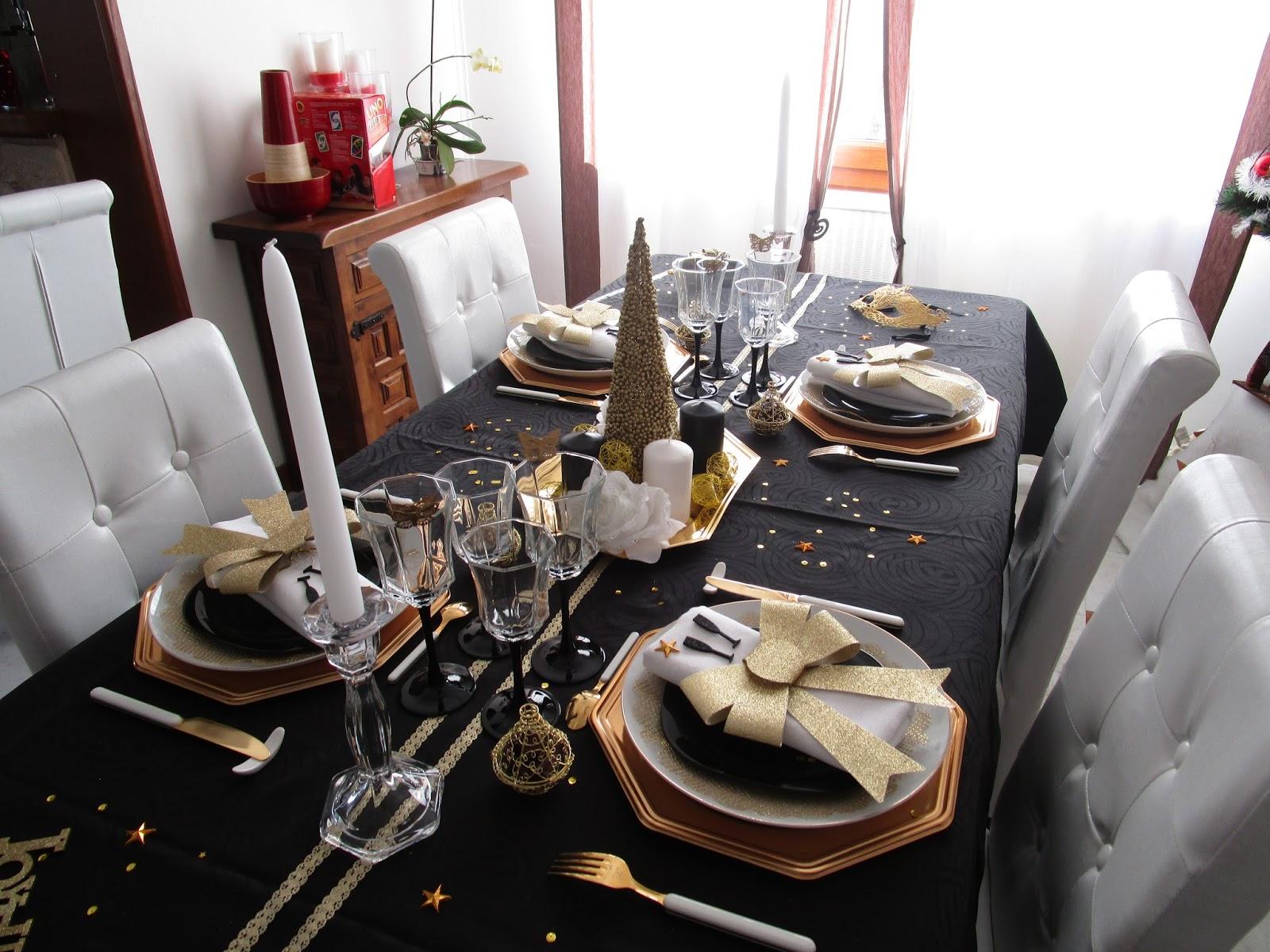 Nouvel an 2016 en noir et or d co de table th mes - Decoration de table nouvel an ...
