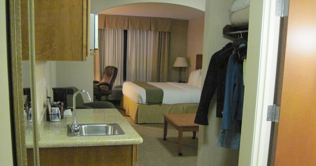 Holiday Inn King Bed Suites Waterloo Ny