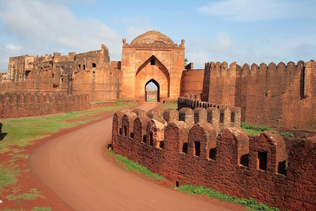 Bidar Fort weekend places near Telangana