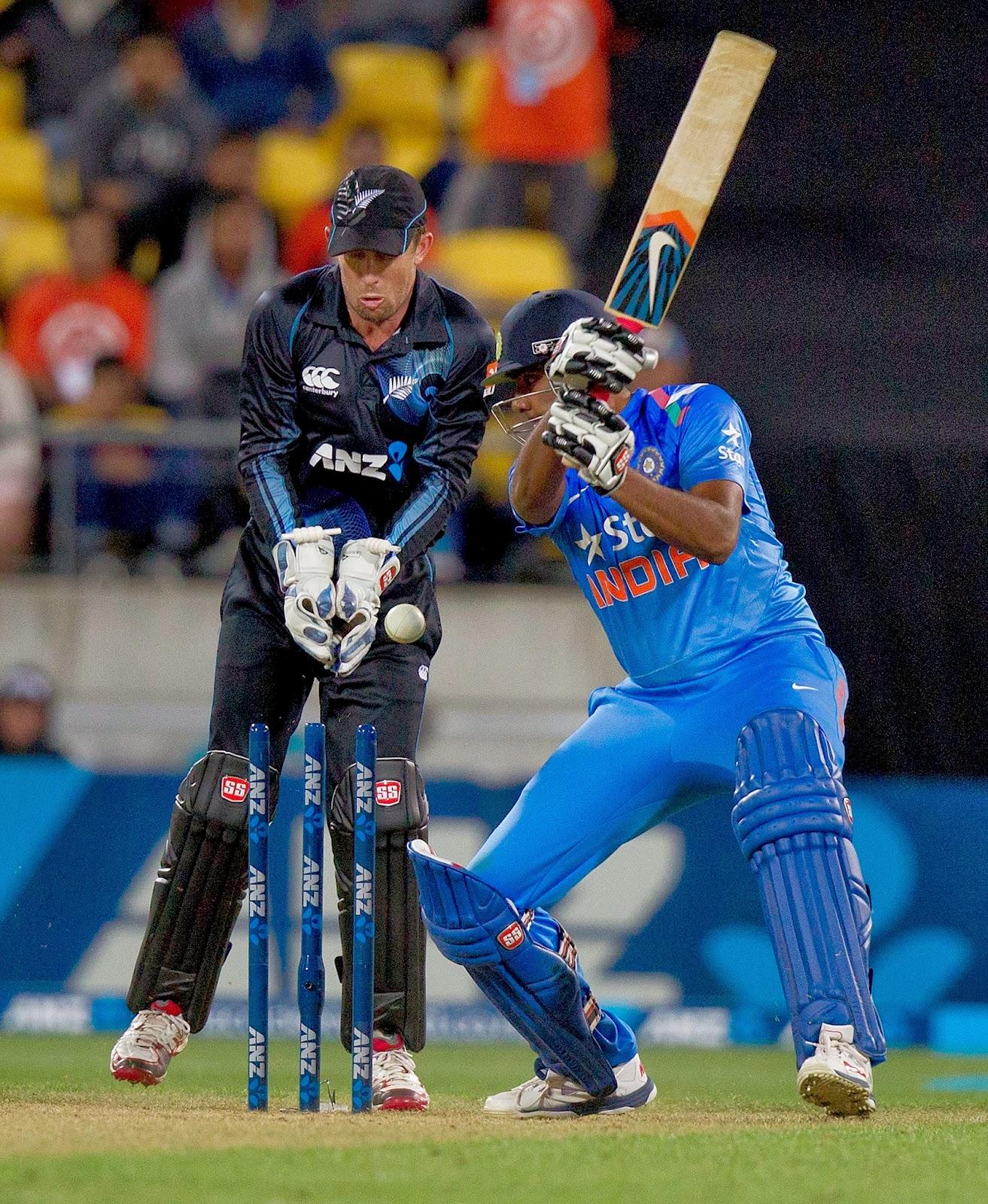Series, Sports, Cricket, New Zealand, India, Team, ODIs, 2014, Trophy, Stadium, Brendon McCullum, Captain, Ross Taylor, Virat Kohli, Ashwin, Ronchi, McLean Park, Tour, Match,