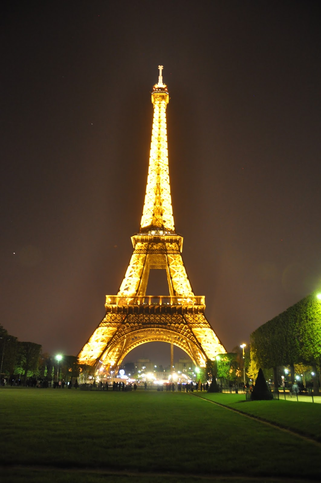 PZ C Eiffel Tower