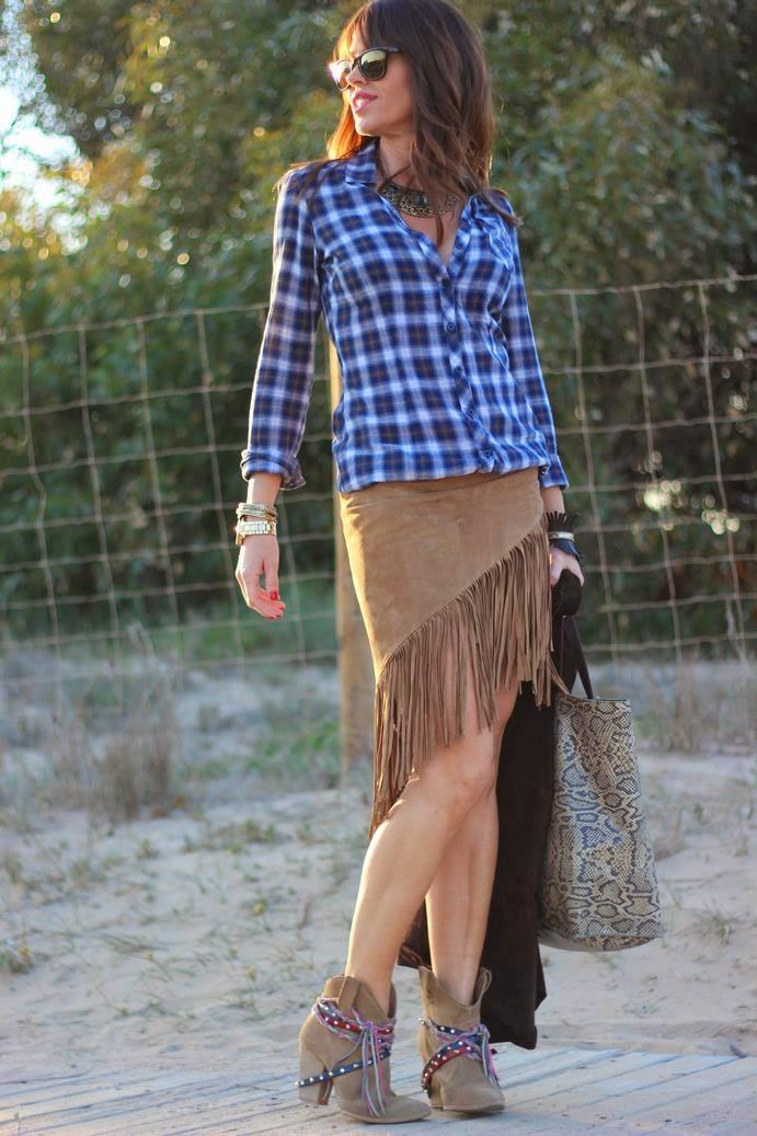 Falda flecos - camisa cuadros - apache style