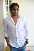 Telugu Hero Tarun latest Photo Shoot photos Stills Gallery-thumbnail-10