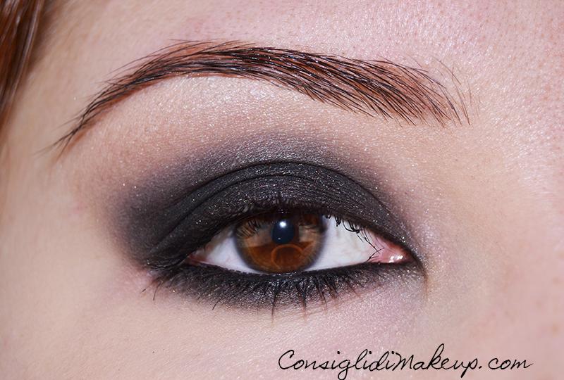 Come creare uno smoky eyes