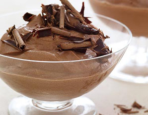 Aysha's Kitchenette: Classic Chocolate Mousse