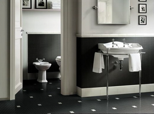 Black and white bathroom wall tiles decorating bathroom for Black white bathroom set