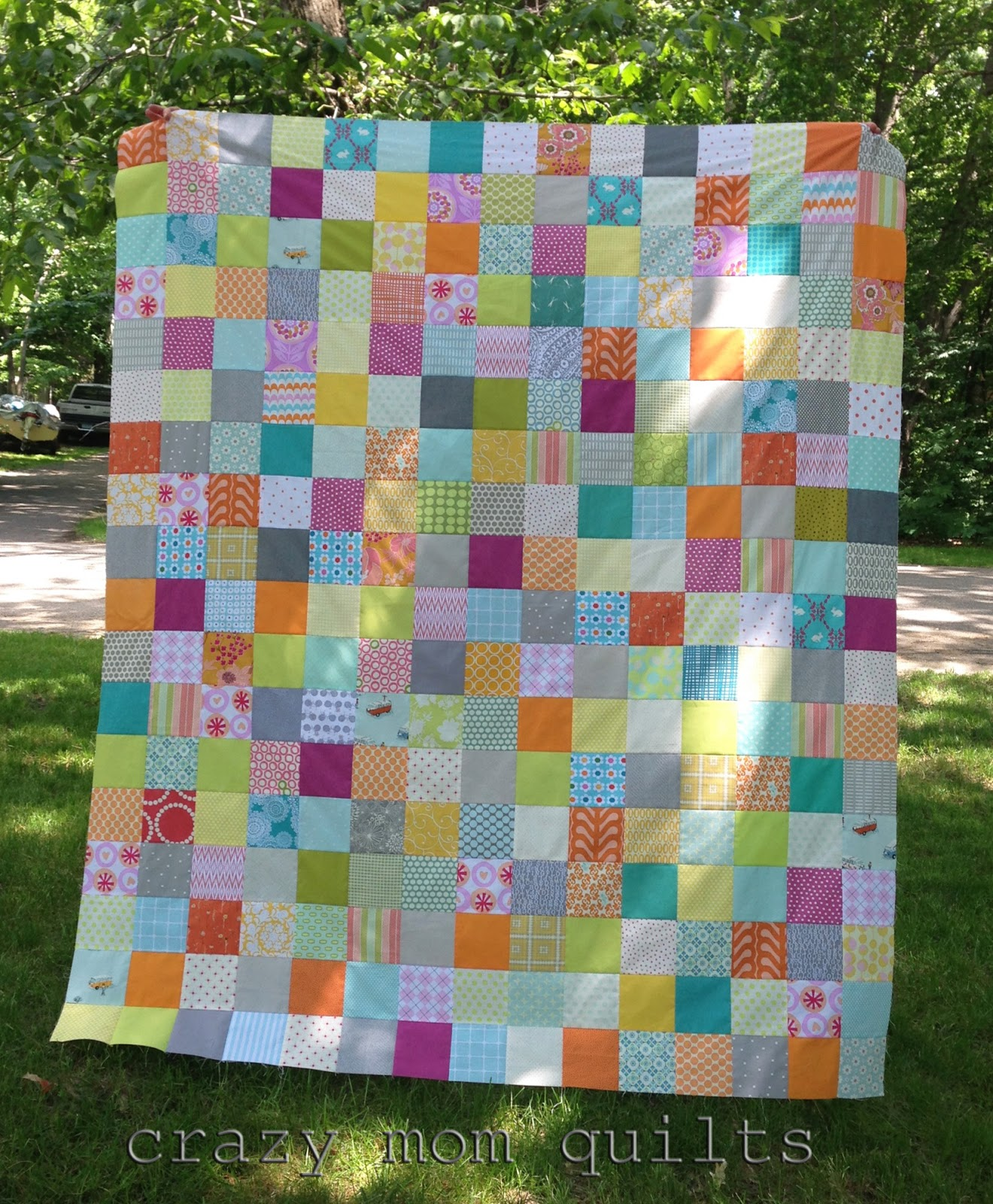 crazy mom quilts: patchwork makes me happy : square patchwork quilt - Adamdwight.com