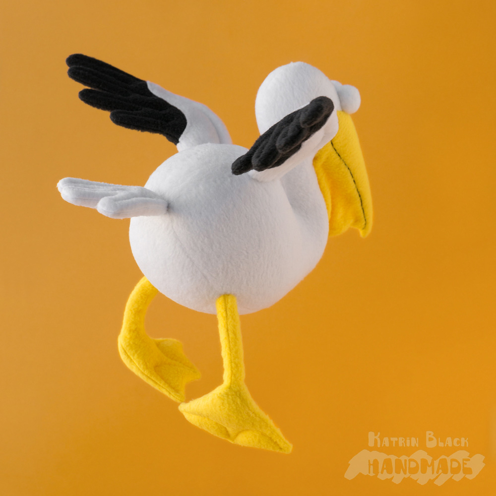 Пеликан - игрушка из флиса. Эксклюзив.
