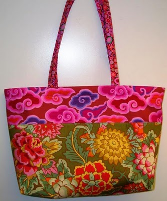 Free Patterns For Quilted Tote Bags : Quilt Inspiration: Free pattern day: Tote bags