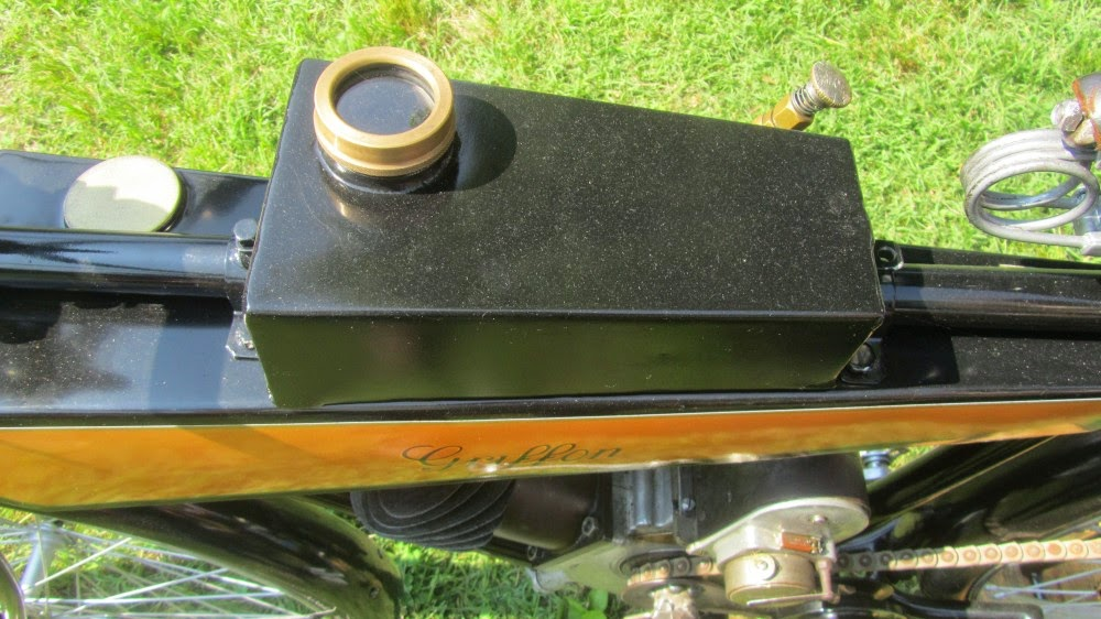 griffon motobici sottocanna - serbatoio olio