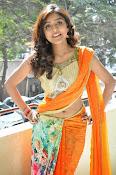 Vithika sheru latest glamorous photos-thumbnail-20