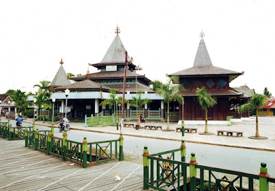 Sultan Suriansyah Mosque, Tourism in South Kalimantan Indonesia