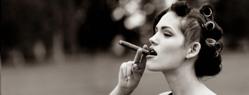 Ảnh bìa hút thuốc cho Facebook đẹp chất cho con gái