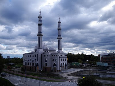 The Largest Mosque in Europe - Essalam Mosque