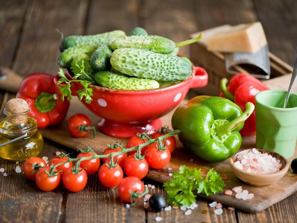 """<img src=""""http://4.bp.blogspot.com/-GVW19muLPxI/Ut5AL3a73SI/AAAAAAAAJf0/vroUqM2Mk90/s1600/fresh-vegetables.jpeg"""" alt=""""fresh vegetables"""" />"""