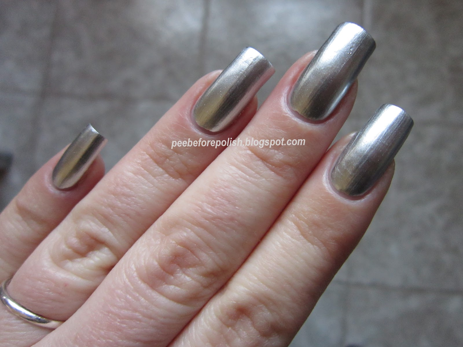 Pee before polish stargazer chrome 232 - Smalto a specchio ...