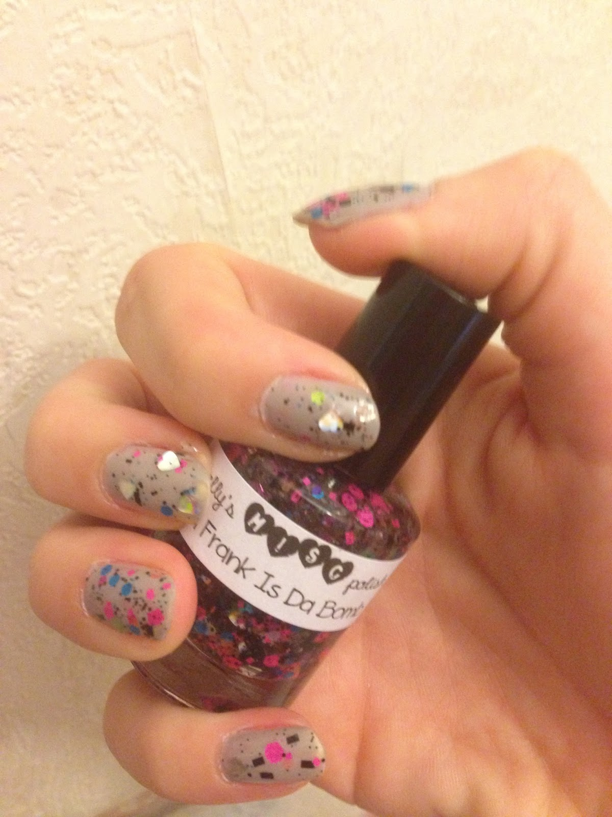 Trelly Polish: Lisa Frank is Da Bomb Review