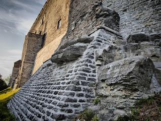 Стена замка Тоомпеа в Таллинне