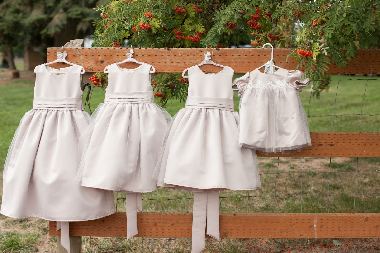 His hers and ours diy flower girl dresses ombrellifo Gallery