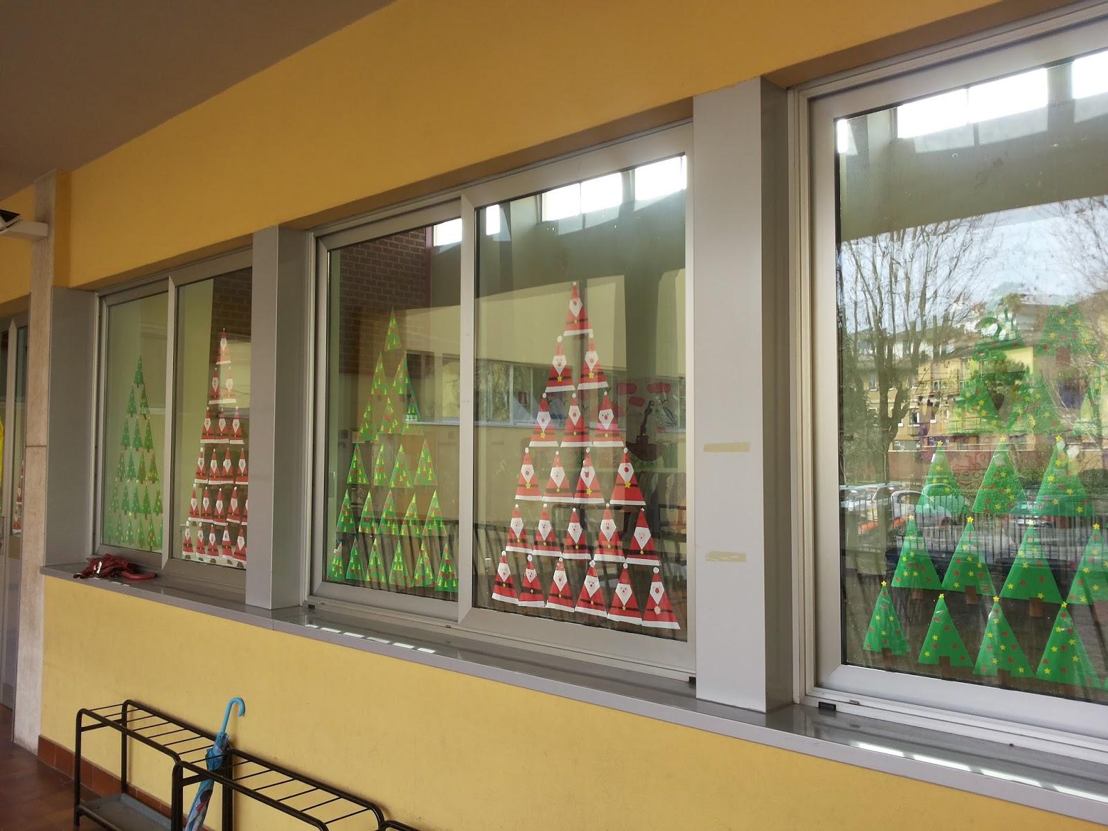 Maestra di tutto un po 39 arte - Addobbi natalizi per finestre scuola infanzia ...