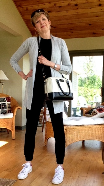 joggers from Aritzia, tee shirt from Gap and Inwear cardigan, with Kate Spade purse