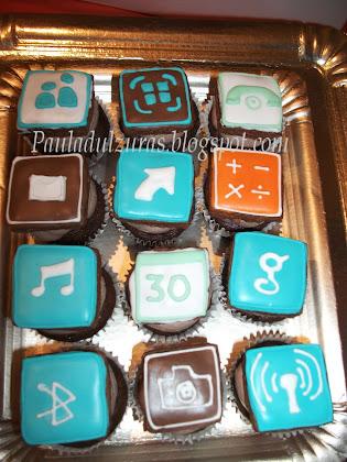 cupcakes con detalles en fondant