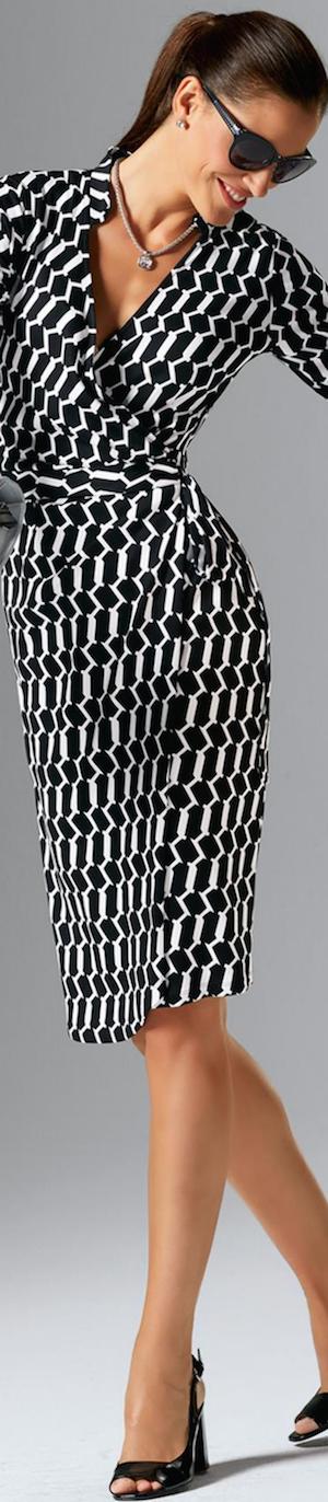 Madeleine Black/White Dress