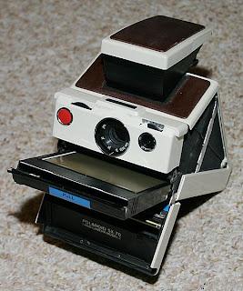 Sejarah Penemuan dan Penemu Kamera Polaroid