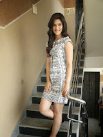 Kriti Sanon New Glam pics at Dochay Interview-cover-photo