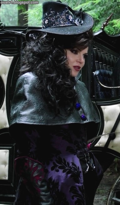 ouat-evil-queen-outfits-1x09-1-01.jpg