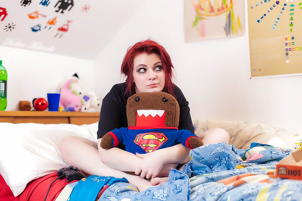 The Geeky Peacock: PHOTOSHOOT: Real Gamer Girls