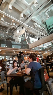Froth Cafe at Big Hotel Singapore