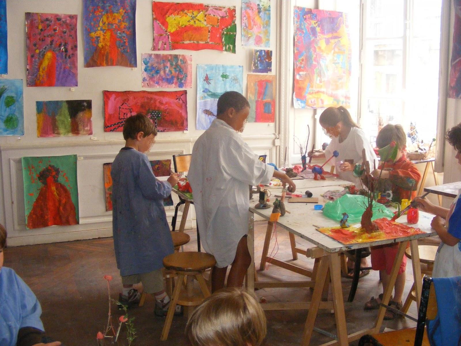Cours de dessin et peinture bordeaux atelier citrouille cours enfants ados for Peinture pour le plastique