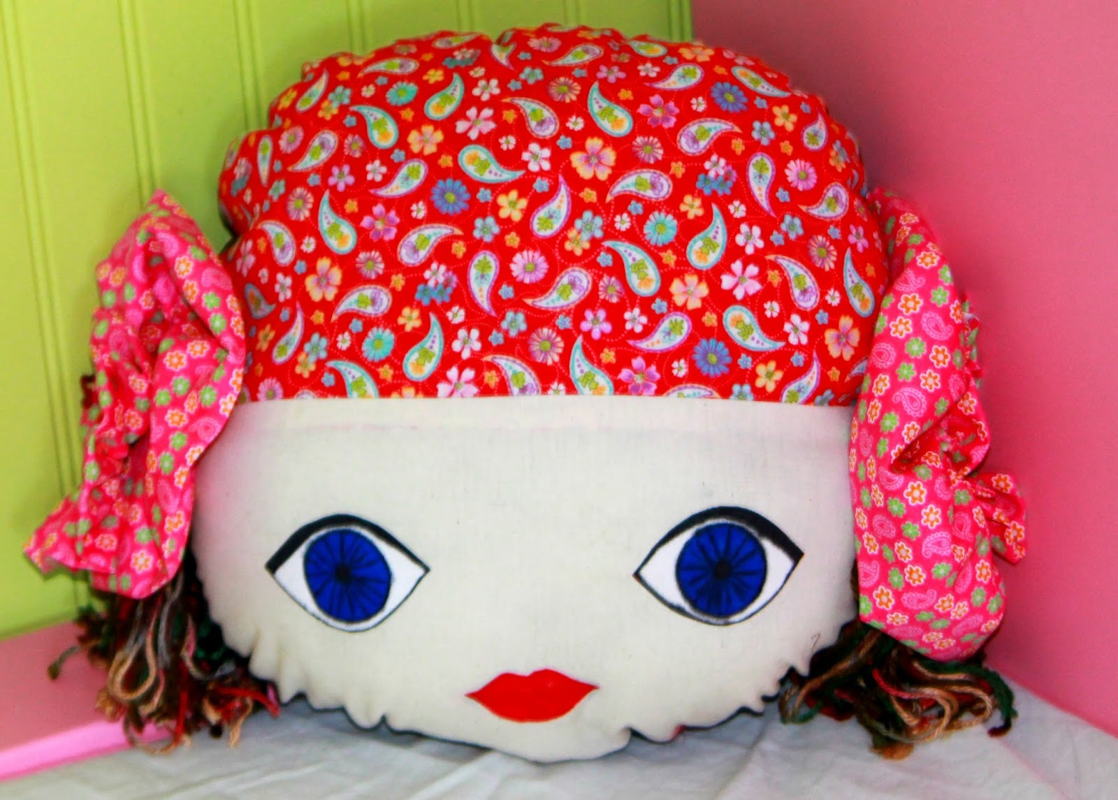Gypsy doll face pillow tutorial and free pattern the stitching gypsy doll face pillow tutorial and free pattern jeuxipadfo Images