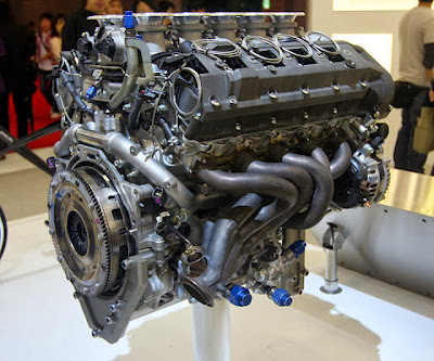 Lexus LFA Engine Pictures