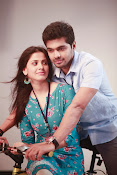 Weekend Love Movie Photos Gallery-thumbnail-9