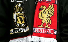 Juventus & Liverpool teams unite after Heysel