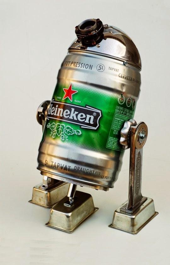 R2-D2 hecho con un barril de cerveza