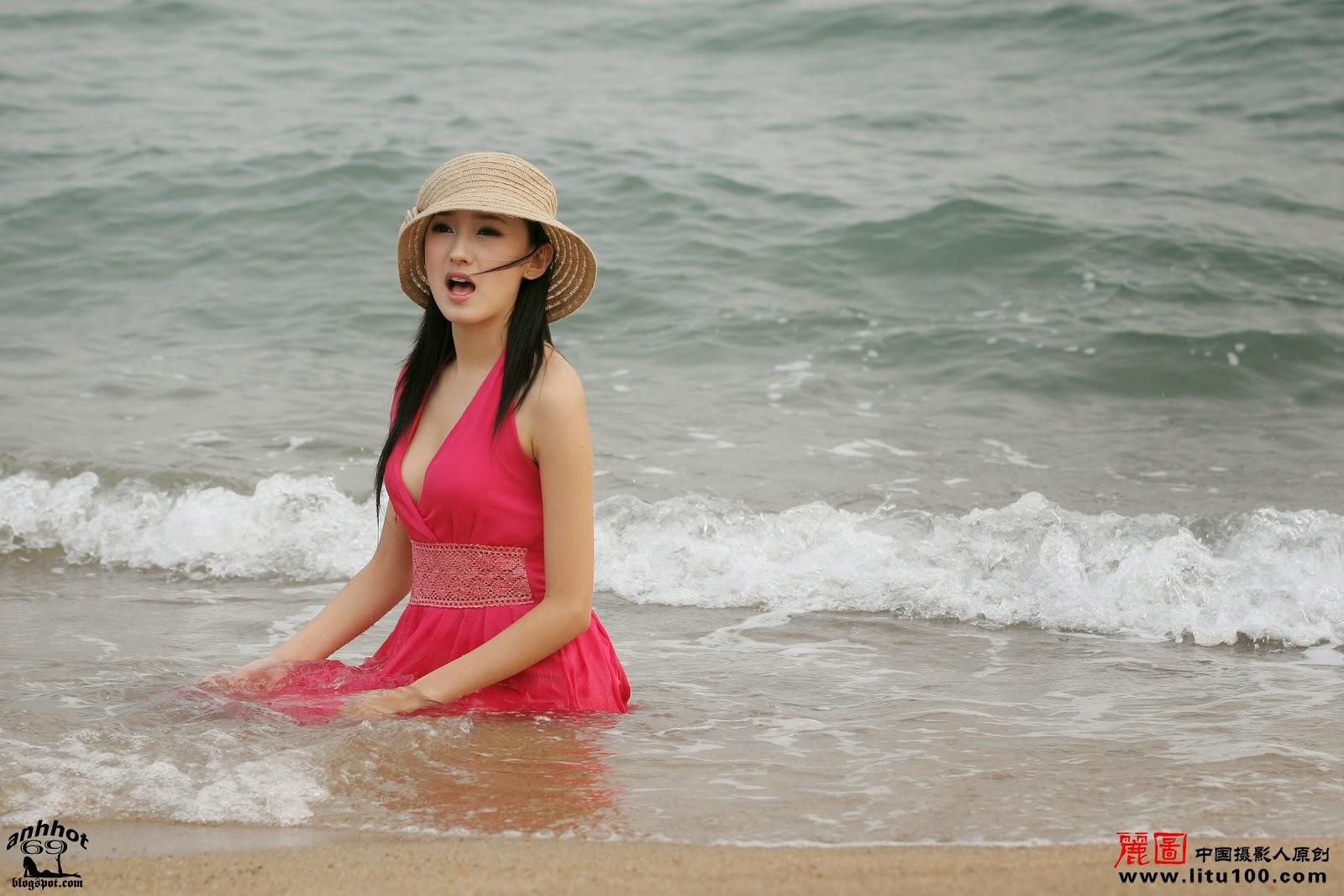 litu-200600819-zhang-tian-yi-sea_IMG_7084