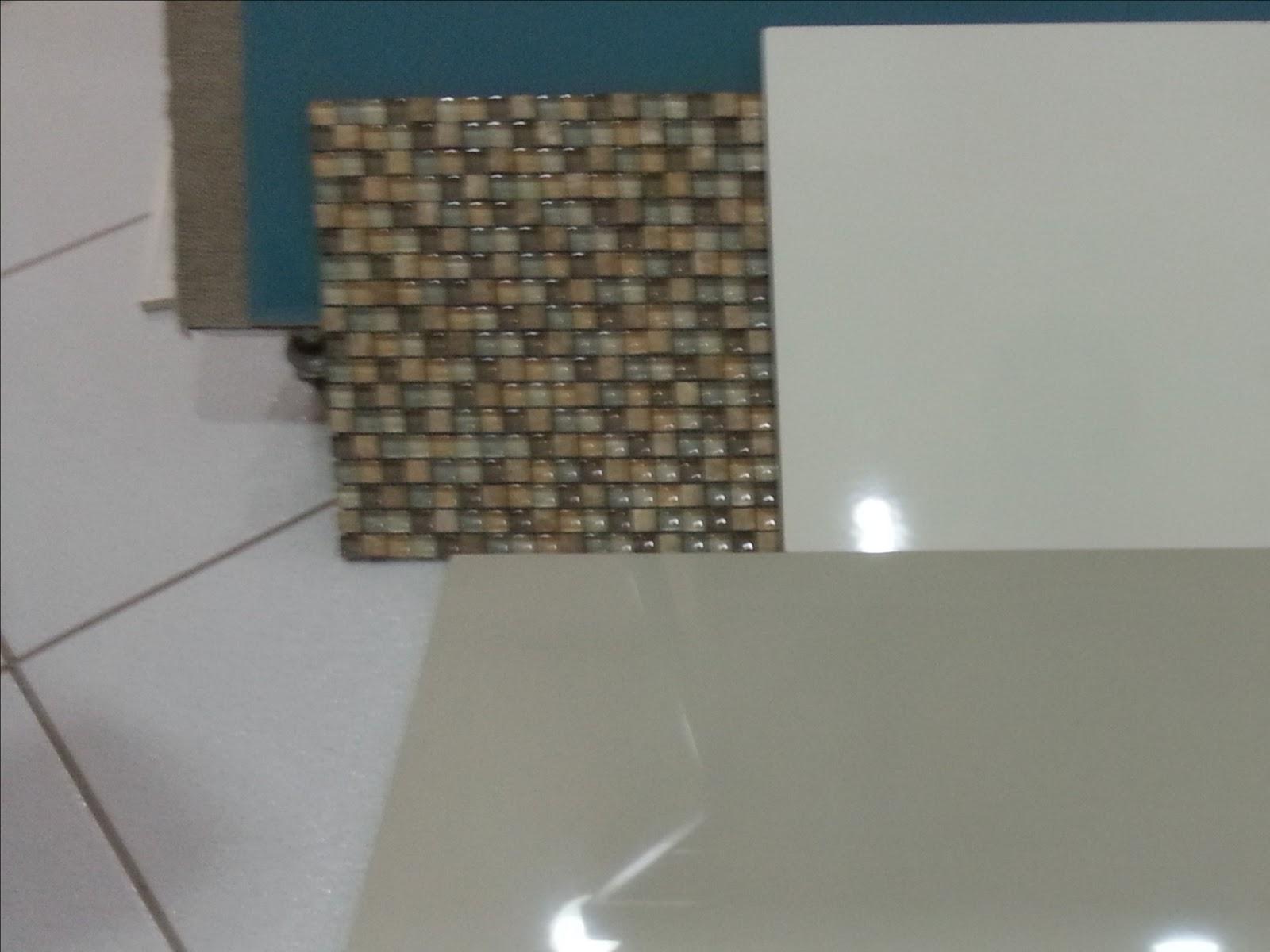 Acabamento banheiro infantil 2 Casa da Franci e Thiago #2C4A56 1600x1200 Acabamento Piso Banheiro