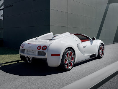 Bugatti Veyron 16.4 Grand Sport Vitesse Body. Bugatti Has Developed A New  Roof Spoiler For The Grand Sport Vitesse That Significantly Reduces Wind  Noise And ...